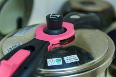 圧力鍋の蓋が開かない時はどうする?