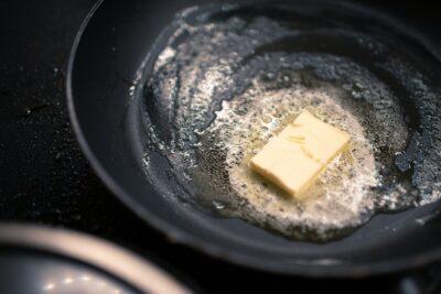 フライパン、炊飯器で作ったときはレンジで再加熱?