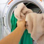 乾燥機で乾かすと臭い原因は柔軟剤?ニオイがひどい時の対策はこれ