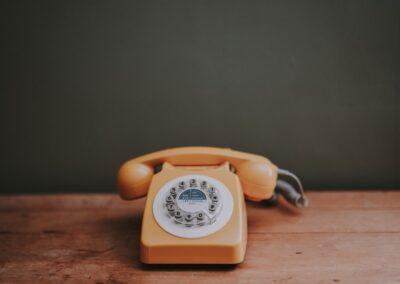 092の電話番号にかけたら通話料金は?