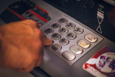 口座なしだとできない?みずほ銀行の両替手数料をチェック